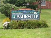 """""""Welcome to Saukville"""" - sign"""